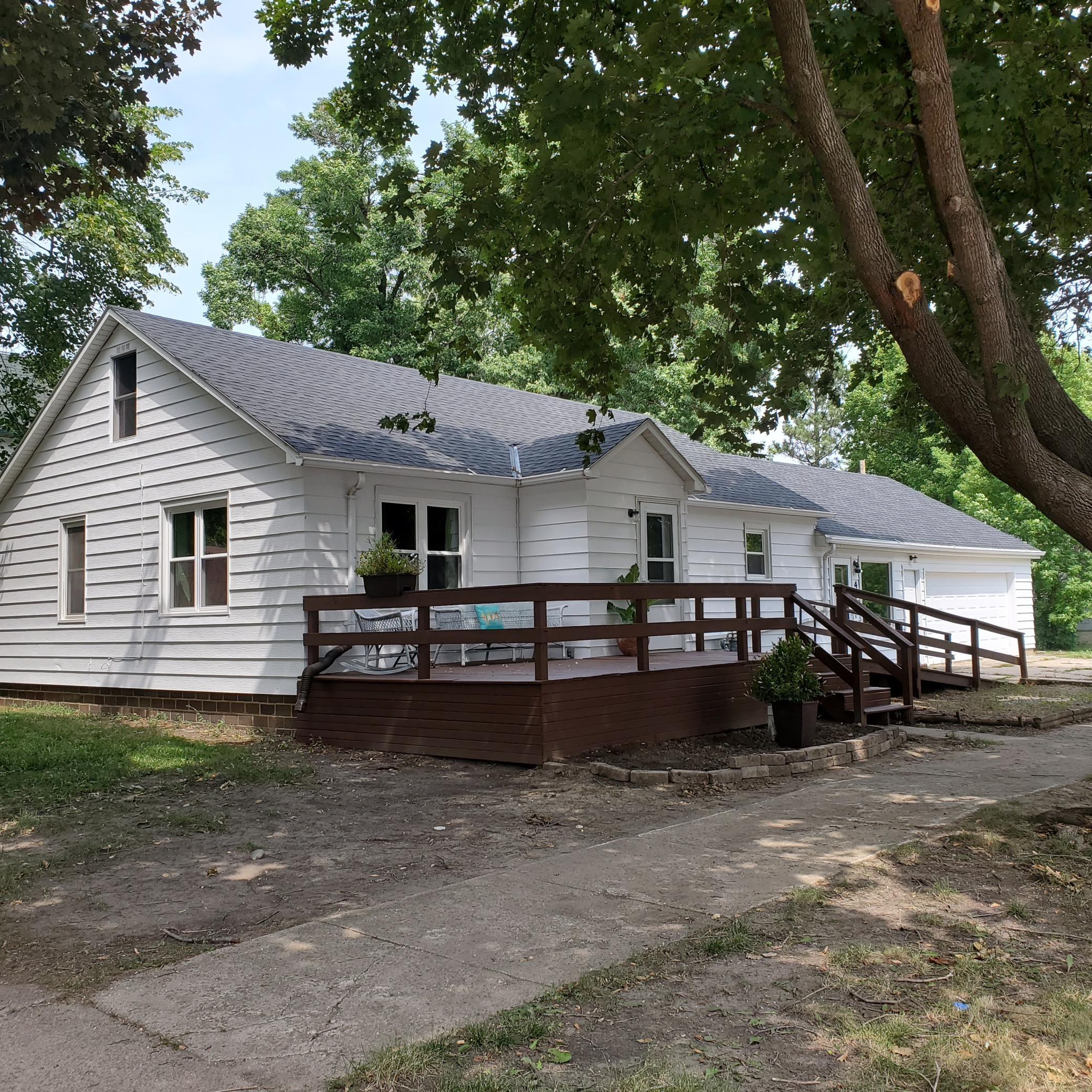 401 4th Avenue, Lakefield, MN 56150, 2 Bedrooms Bedrooms, ,1 BathroomBathrooms,Residential,For Sale,4th,NST6080447