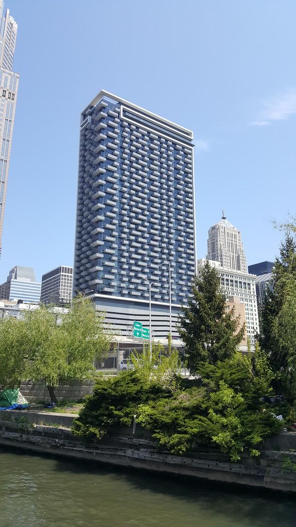 235 Van Buren Street, Chicago, Illinois 60607, 2 Bedrooms Bedrooms, ,1 BathroomBathrooms,Residential,For Sale,Van Buren,MRD11009873