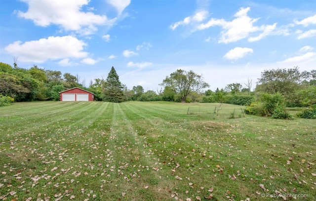 18600 IL Route 137, Libertyville, Illinois 60048, 3 Bedrooms Bedrooms, ,1 BathroomBathrooms,Residential,For Sale,IL Route 137,MRD10851424