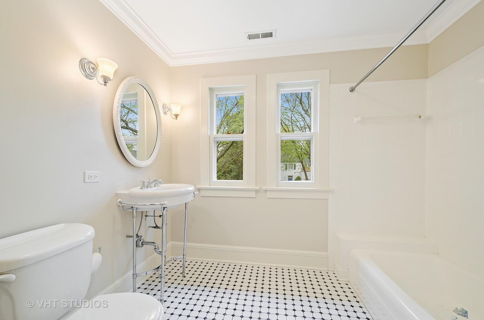 1762 Highland Avenue, Wilmette, Illinois 60091, 5 Bedrooms Bedrooms, ,4 BathroomsBathrooms,Residential,For Sale,Highland,MRD11082153
