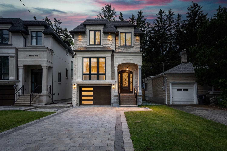 3B Stuart Ave, Toronto, Ontario M2N 1A9, 4 Bedrooms Bedrooms, 10 Rooms Rooms,5 BathroomsBathrooms,Detached,For Sale,Stuart,C5336261