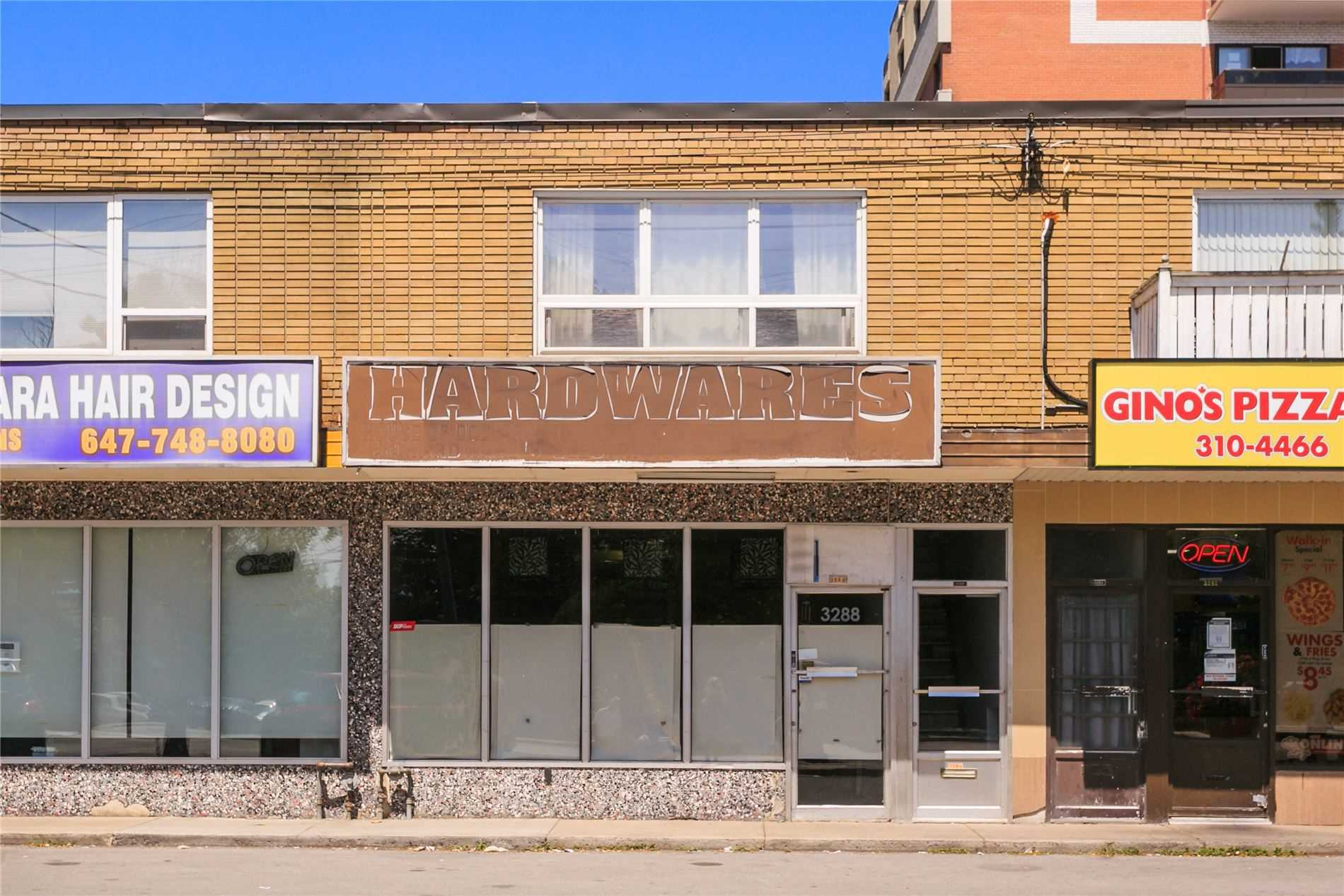 Store W/apt/office For Sale In Toronto , ,Store W/apt/office,For Sale,Lake Shore