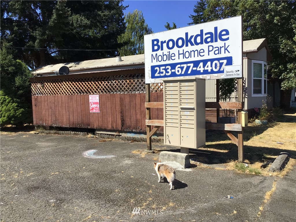 1004 138th Street, Tacoma, Washington 98444, ,Residential Income,For Sale,138th,NWM1823489