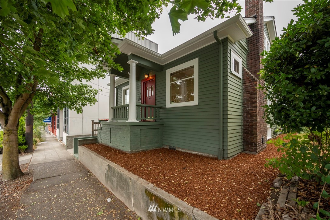 7725 15th Avenue, Seattle, Washington 98117, ,Residential Income,For Sale,15th,NWM1824432