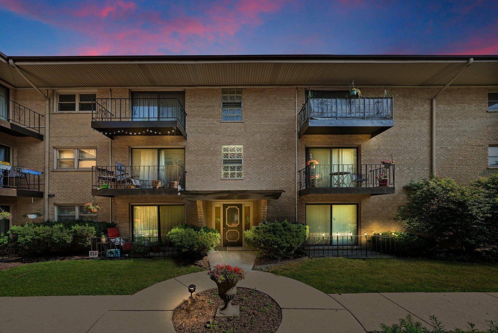 4208 Keystone Avenue, Chicago, Illinois 60641, 1 Bedroom Bedrooms, ,1 BathroomBathrooms,Residential,For Sale,Keystone,MRD11122606