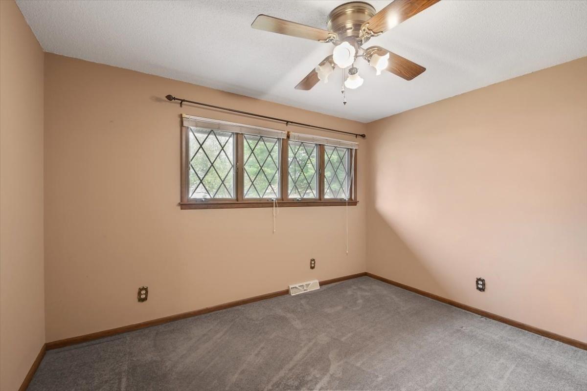1058 Lancaster Court, Rantoul, Illinois 61866, 3 Bedrooms Bedrooms, ,2 BathroomsBathrooms,Residential,For Sale,Lancaster,MRD11149353