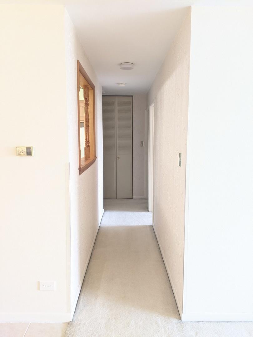 9745 Karlov Avenue, Oak Lawn, Illinois 60453, 2 Bedrooms Bedrooms, ,1 BathroomBathrooms,Residential,For Sale,Karlov,MRD11149772