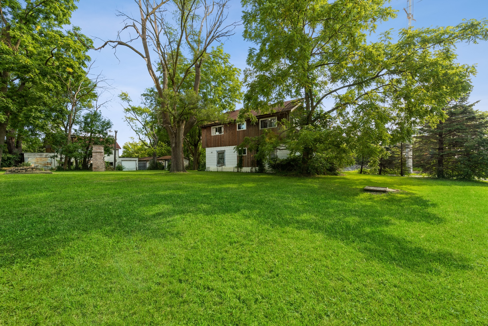 24570 Old McHenry Road, Hawthorn Woods, Illinois 60047, ,Farm,For Sale,Old McHenry,MRD11193540