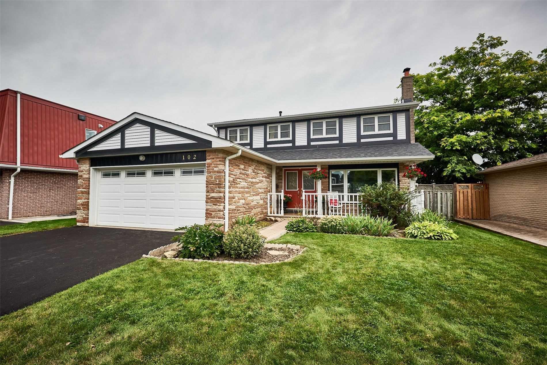 102 Bolland Cres, Ajax, Ontario L1S3G9, 4 Bedrooms Bedrooms, 9 Rooms Rooms,3 BathroomsBathrooms,Detached,For Sale,Bolland,E5344525