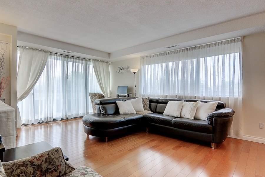 Condo Apt For Sale In Markham , 3 Bedrooms Bedrooms, ,2 BathroomsBathrooms,Condo Apt,For Sale,503,Yonge