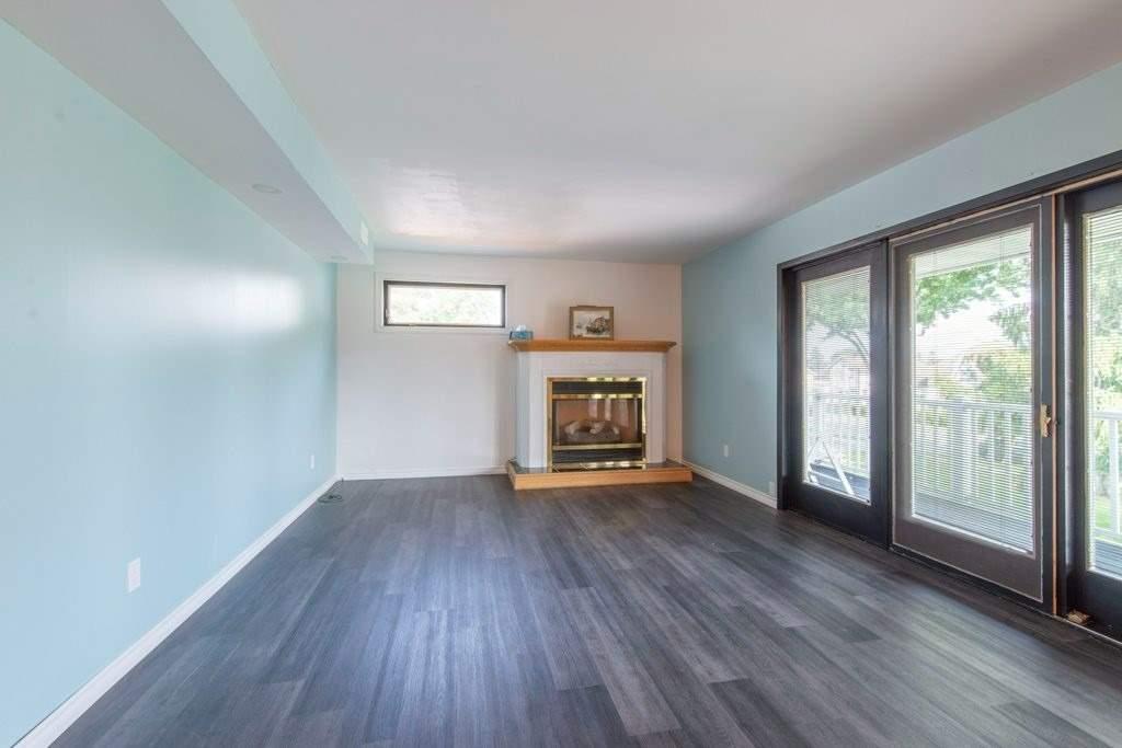 290 King St, Brockville, Ontario K6V 1E4, 5 Bedrooms Bedrooms, ,2 BathroomsBathrooms,Detached,For Sale,King,X5348001