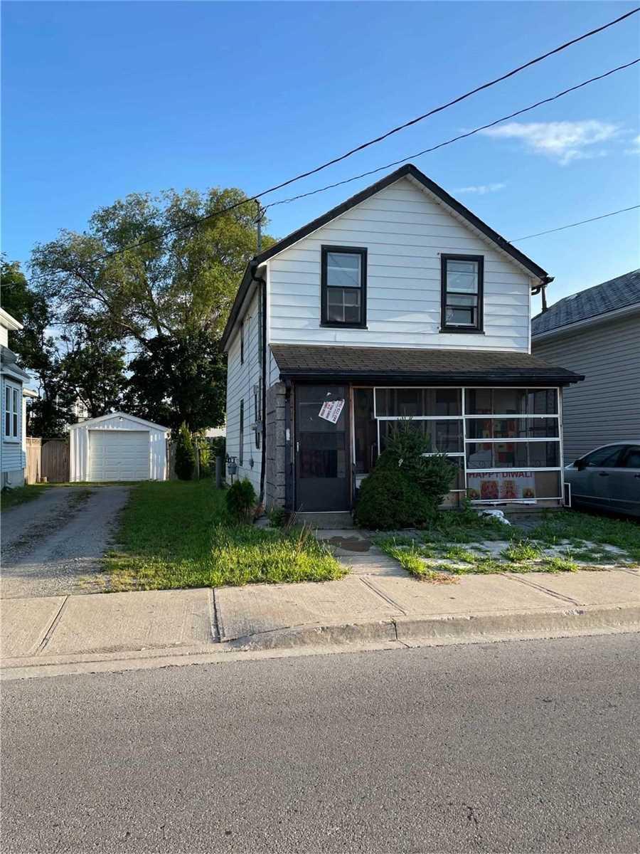 4744 Park St, Niagara Falls, Ontario L2F2R1, 3 Bedrooms Bedrooms, 6 Rooms Rooms,1 BathroomBathrooms,Detached,For Sale,Park,X5348233