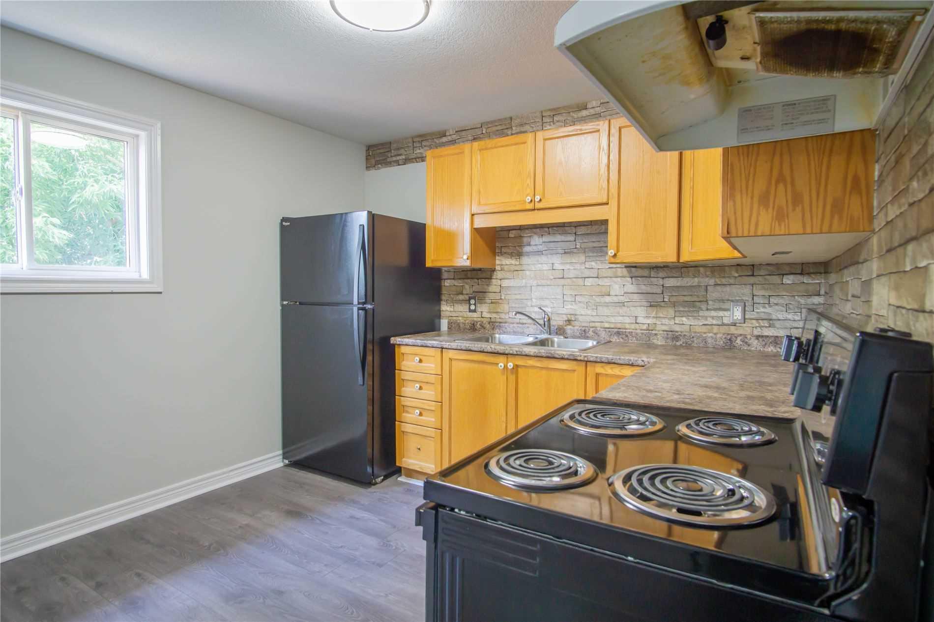 297 Greenwich Street St, Brantford, Ontario N3S2X9, 3 Bedrooms Bedrooms, 8 Rooms Rooms,2 BathroomsBathrooms,Detached,For Sale,Greenwich Street,X5349600