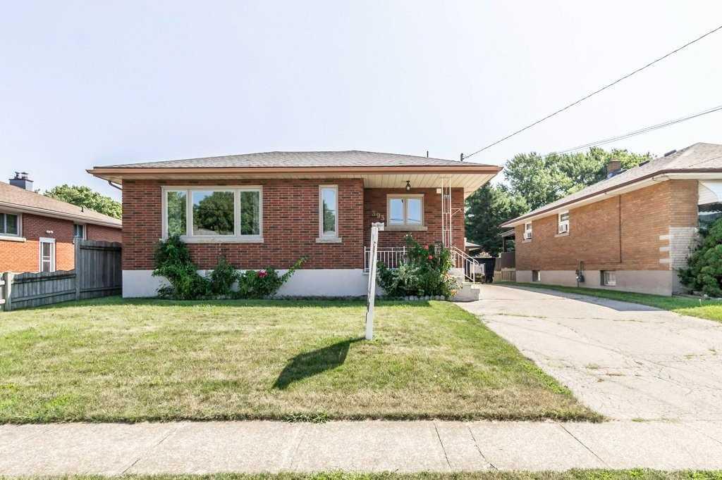 393 Wellington St, Port Colborne, Ontario L8W 3L3, 3 Bedrooms Bedrooms, ,2 BathroomsBathrooms,Detached,For Sale,Wellington,X5350150