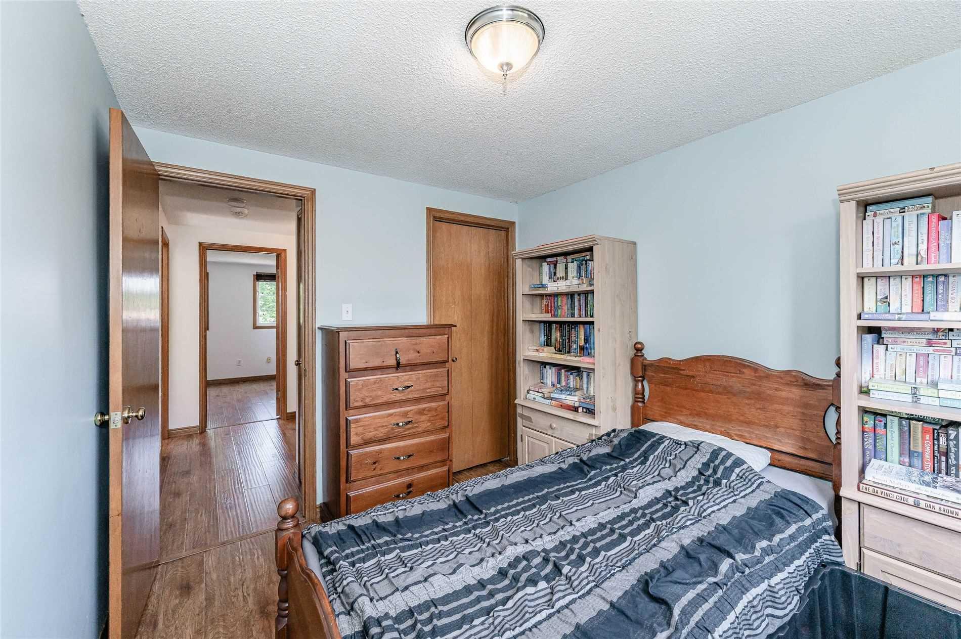 6 Watt St, Guelph, Ontario N1E 6W9, 3 Bedrooms Bedrooms, 8 Rooms Rooms,2 BathroomsBathrooms,Detached,For Sale,Watt,X5350215