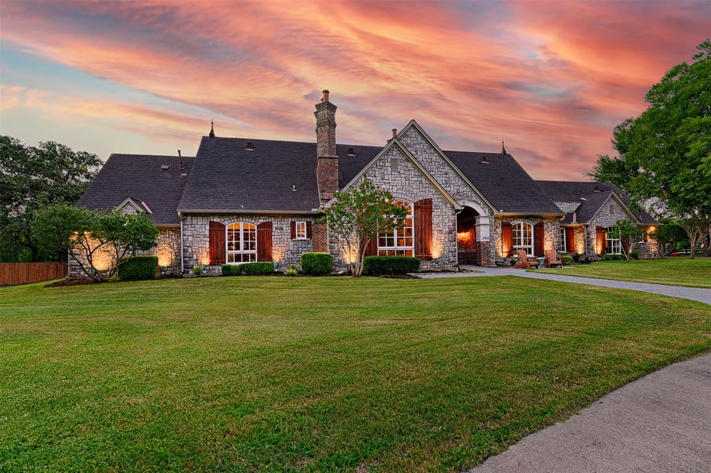 3912 Consolvo Drive, Flower Mound, Texas 75022, 5 Bedrooms Bedrooms, 11 Rooms Rooms,4 BathroomsBathrooms,Residential,For Sale,Consolvo,14640585