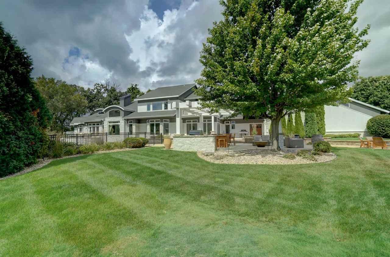 30 Turnwood Cir, Madison, Wisconsin 53593, 4 Bedrooms Bedrooms, ,6.5 BathroomsBathrooms,Single Family,For Sale,Turnwood Cir,1918293
