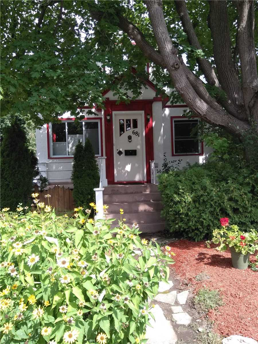 681 Melbourne Ave, Ottawa, Ontario K2A1X4, 3 Bedrooms Bedrooms, 7 Rooms Rooms,2 BathroomsBathrooms,Detached,For Sale,Melbourne,X5351574