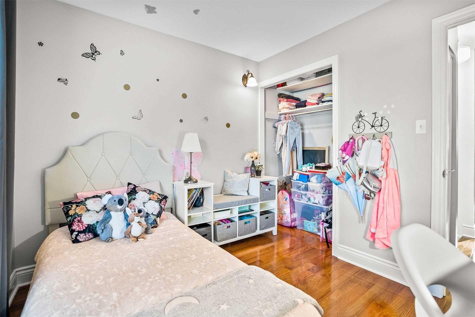 24 Nordic Crt, Whitby, Ontario L1N5N3, 3 Bedrooms Bedrooms, 6 Rooms Rooms,3 BathroomsBathrooms,Detached,For Sale,Nordic,E5351248