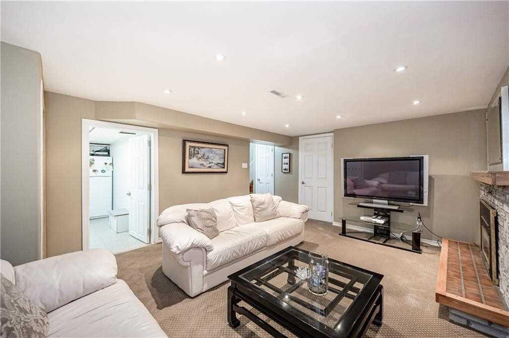 4311 Longmoor Dr, Burlington, Ontario L7L5A7, 3 Bedrooms Bedrooms, 6 Rooms Rooms,3 BathroomsBathrooms,Detached,For Sale,Longmoor,W5351748