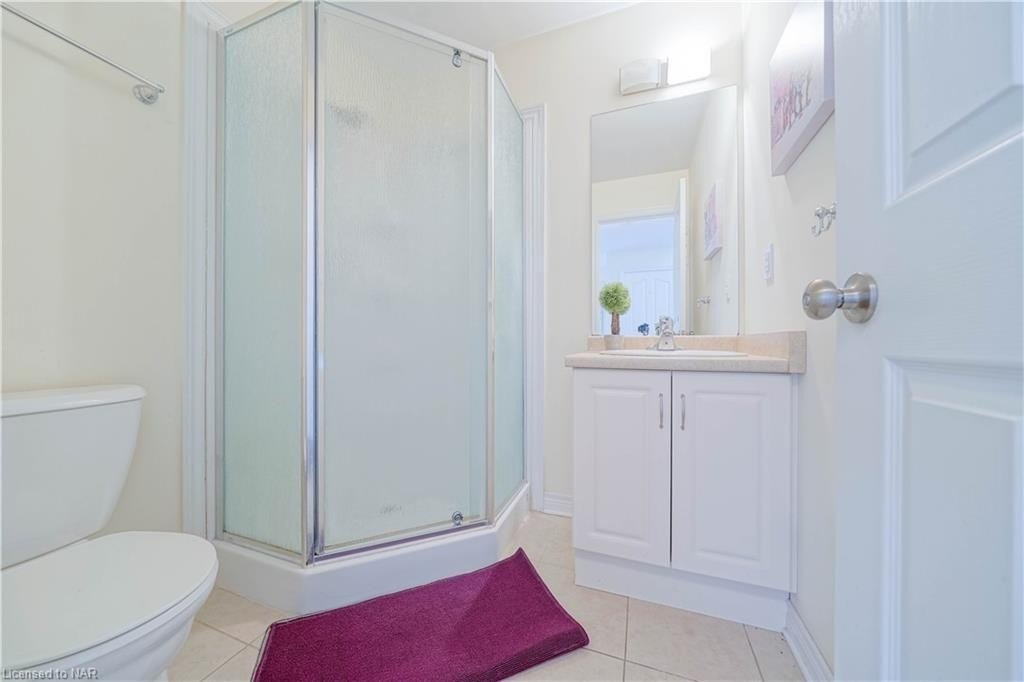 253 Pelham Rd, St. Catharines, Ontario L2S 3A9, 4 Bedrooms Bedrooms, 10 Rooms Rooms,4 BathroomsBathrooms,Detached,For Sale,Pelham,X5351838