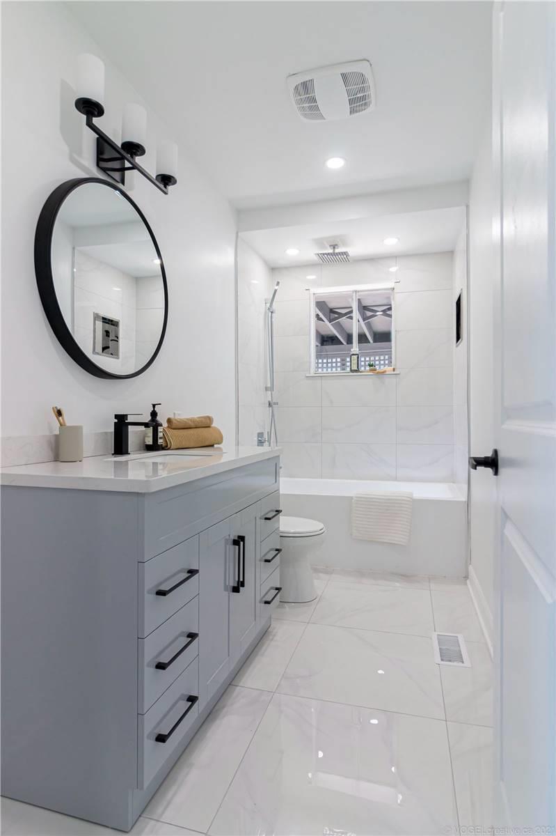 7381 Jordan Ave, Niagara Falls, Ontario L2G 5N3, 3 Bedrooms Bedrooms, 6 Rooms Rooms,1 BathroomBathrooms,Detached,For Sale,Jordan,X5351923