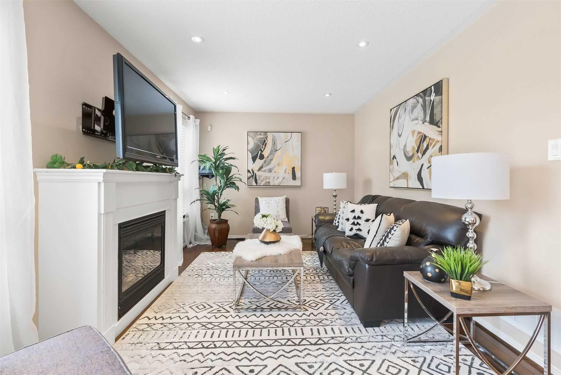 22 Mcqueen Cres, Ajax, Ontario L1T4Y8, 4 Bedrooms Bedrooms, 8 Rooms Rooms,4 BathroomsBathrooms,Detached,For Sale,Mcqueen,E5352176