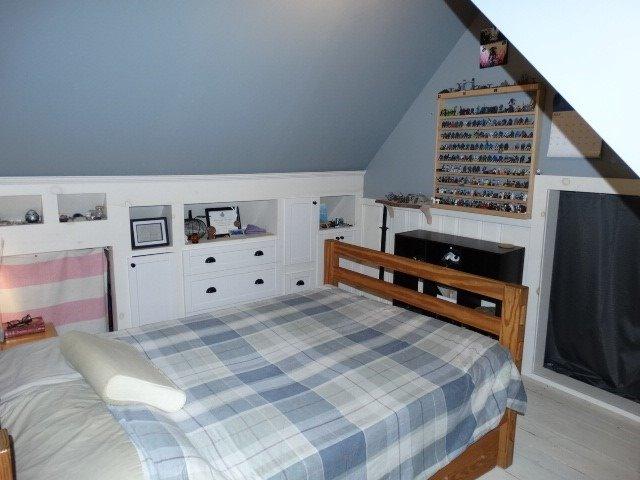 1043 Kitchener St, Muskoka Lakes, Ontario P0C 1A0, 3 Bedrooms Bedrooms, 9 Rooms Rooms,2 BathroomsBathrooms,Detached,For Sale,Kitchener,X5352206