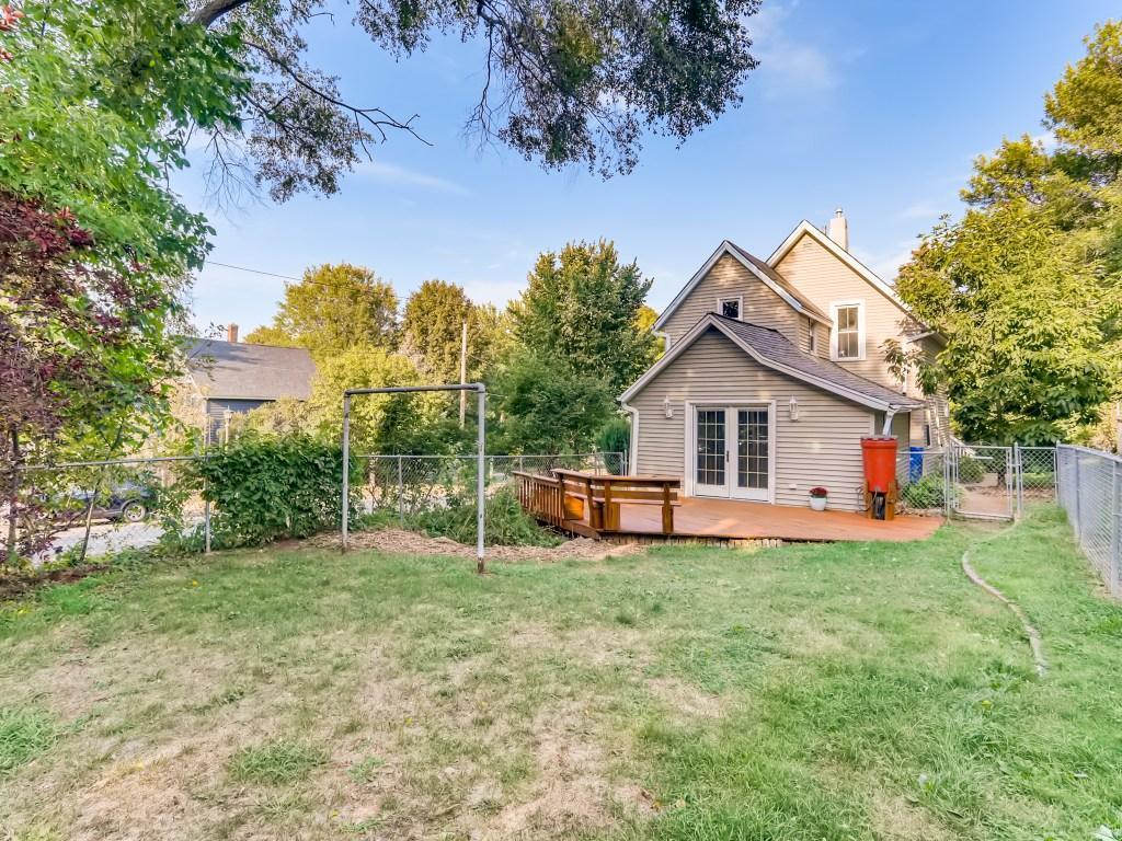 575 Manomin Avenue, Saint Paul, Minnesota 55107, 3 Bedrooms Bedrooms, ,2 BathroomsBathrooms,Residential,For Sale,Manomin,NST6091460