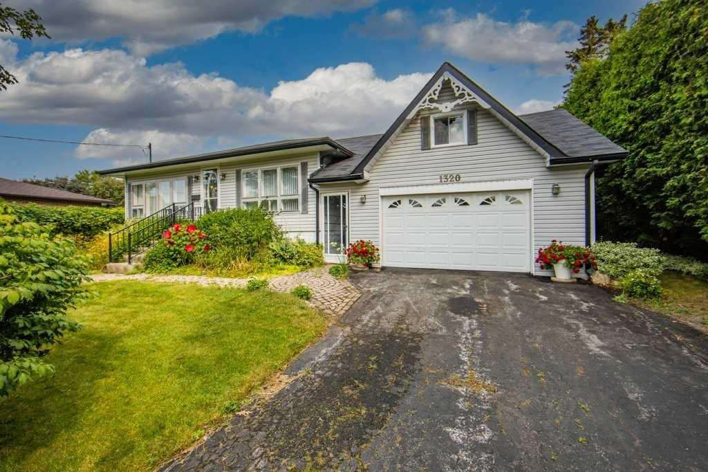 1320 Broadview St, Pickering, Ontario L1W1B9, 2 Bedrooms Bedrooms, 5 Rooms Rooms,2 BathroomsBathrooms,Detached,For Sale,Broadview,E5352262