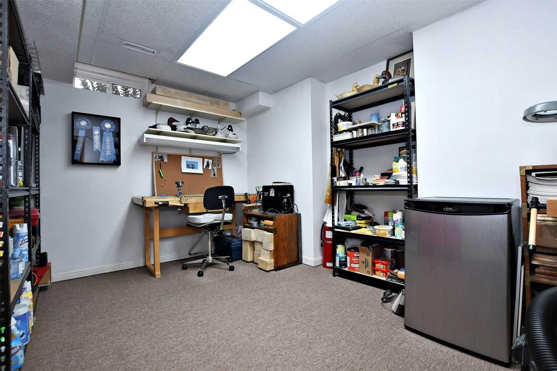 596 Bondi Ave, Newmarket, Ontario L3Y8R7, 3 Bedrooms Bedrooms, 7 Rooms Rooms,3 BathroomsBathrooms,Att/Row/Twnhouse,For Sale,Bondi,N5352264