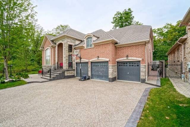 129 Valleycreek Dr, Brampton, Ontario L6P2G2, 4 Bedrooms Bedrooms, 10 Rooms Rooms,4 BathroomsBathrooms,Detached,For Sale,Valleycreek,W5352600