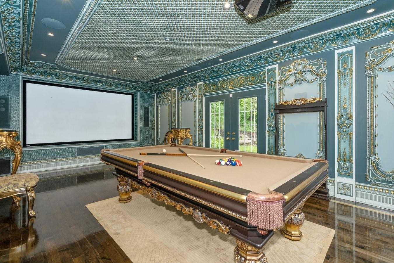 10201 Pine Valley Dr, Vaughan, Ontario L4L 1A6, 4 Bedrooms Bedrooms, 11 Rooms Rooms,2 BathroomsBathrooms,Detached,For Sale,Pine Valley,N5353435