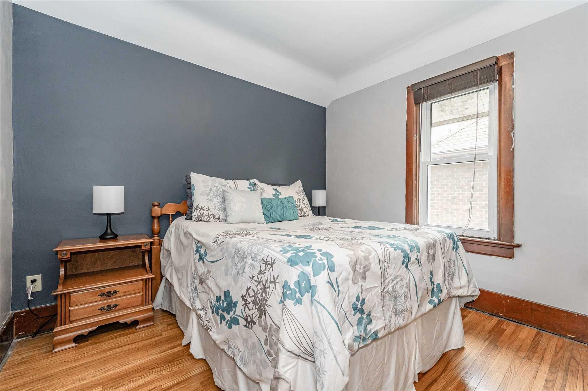 21 Major St, Kitchener, Ontario N2H 4R1, 3 Bedrooms Bedrooms, 3 Rooms Rooms,1 BathroomBathrooms,Detached,For Sale,Major,X5353988
