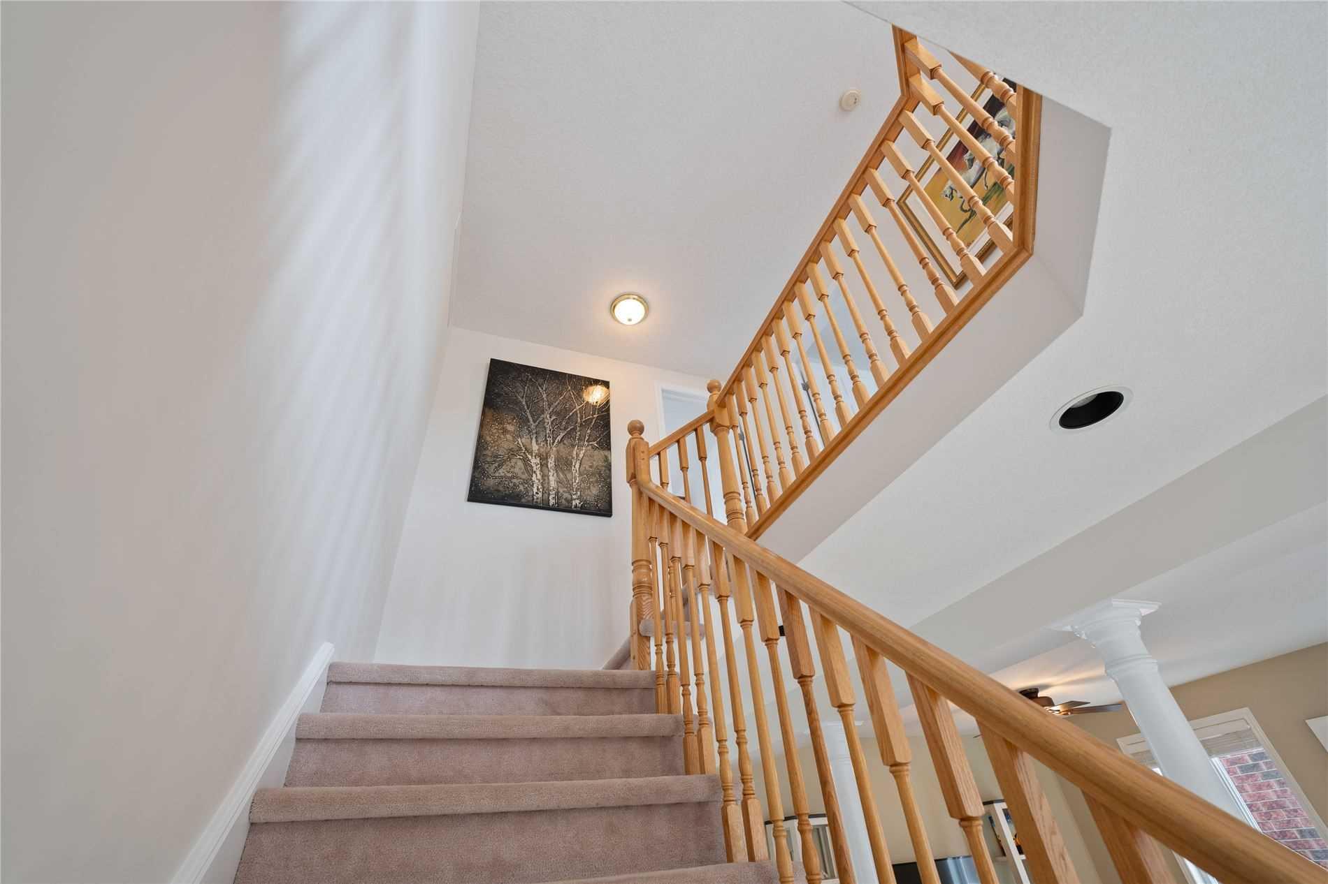 58 Munroe Cres, Guelph, Ontario N1G 5E4, 4 Bedrooms Bedrooms, 12 Rooms Rooms,4 BathroomsBathrooms,Detached,For Sale,Munroe,X5354079