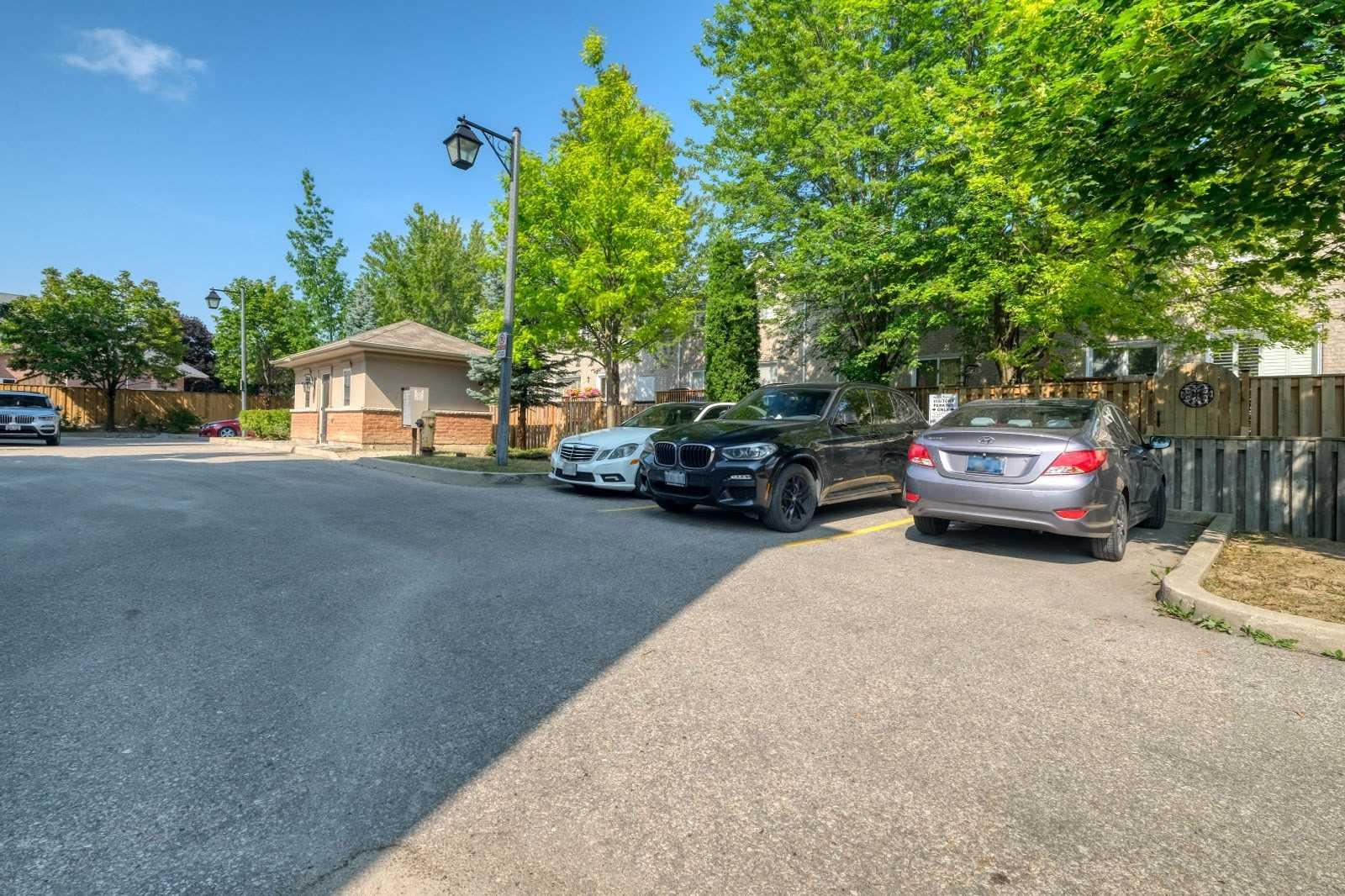 1355 Altona Rd, Pickering, Ontario L1V 1M2, 3 Bedrooms Bedrooms, 7 Rooms Rooms,3 BathroomsBathrooms,Att/Row/Twnhouse,For Sale,Altona,E5354598