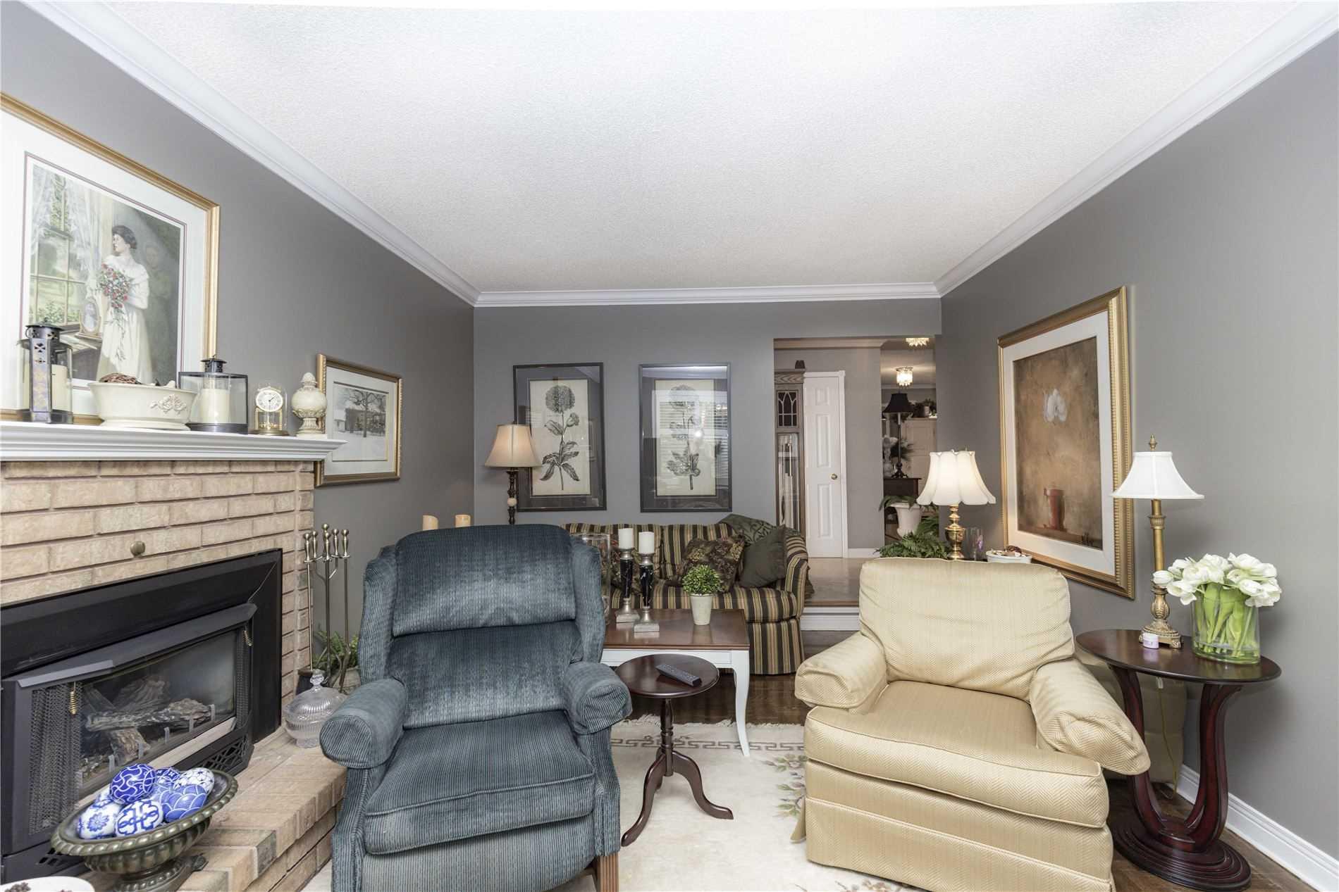 6 Jamieson Cres, Whitby, Ontario L1R 1V2, 4 Bedrooms Bedrooms, 11 Rooms Rooms,4 BathroomsBathrooms,Detached,For Sale,Jamieson,E5354675