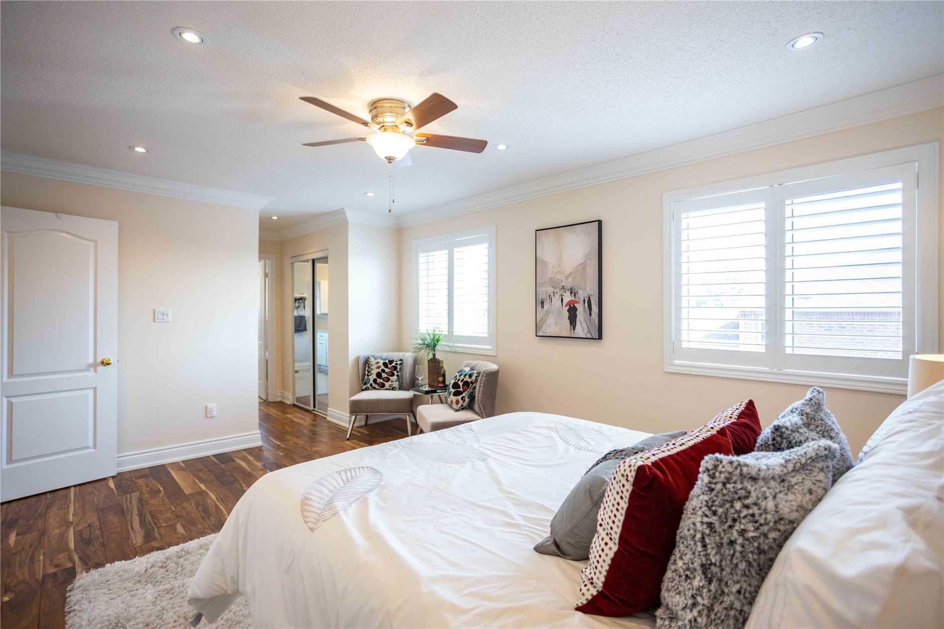 98 Lemsford Dr, Markham, Ontario L3S4H5, 4 Bedrooms Bedrooms, 8 Rooms Rooms,3 BathroomsBathrooms,Detached,For Sale,Lemsford,N5354758