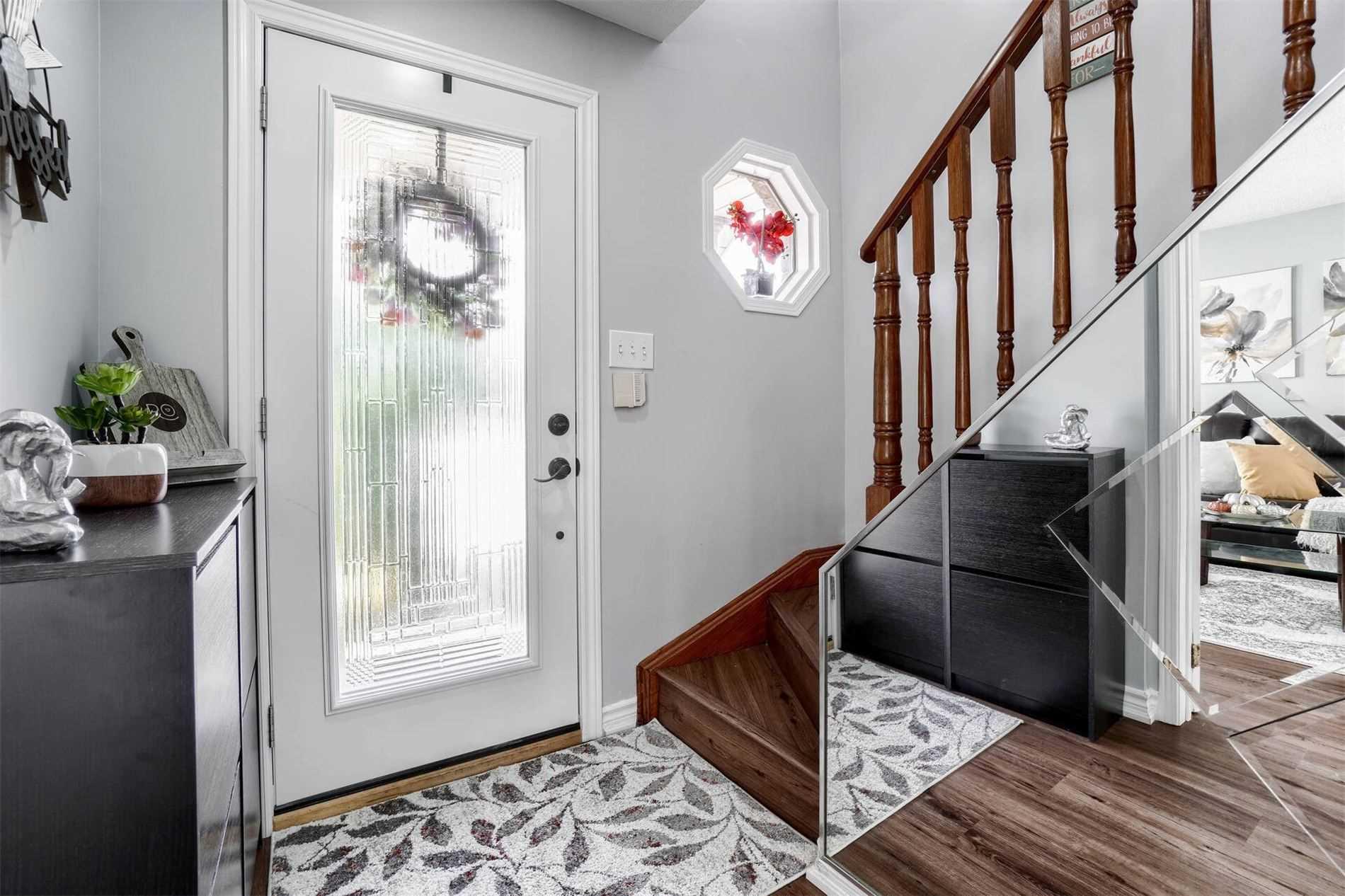 191 Stirling Macgregor Dr, Cambridge, Ontario N1S4Z8, 3 Bedrooms Bedrooms, 7 Rooms Rooms,3 BathroomsBathrooms,Detached,For Sale,Stirling Macgregor,X5354588