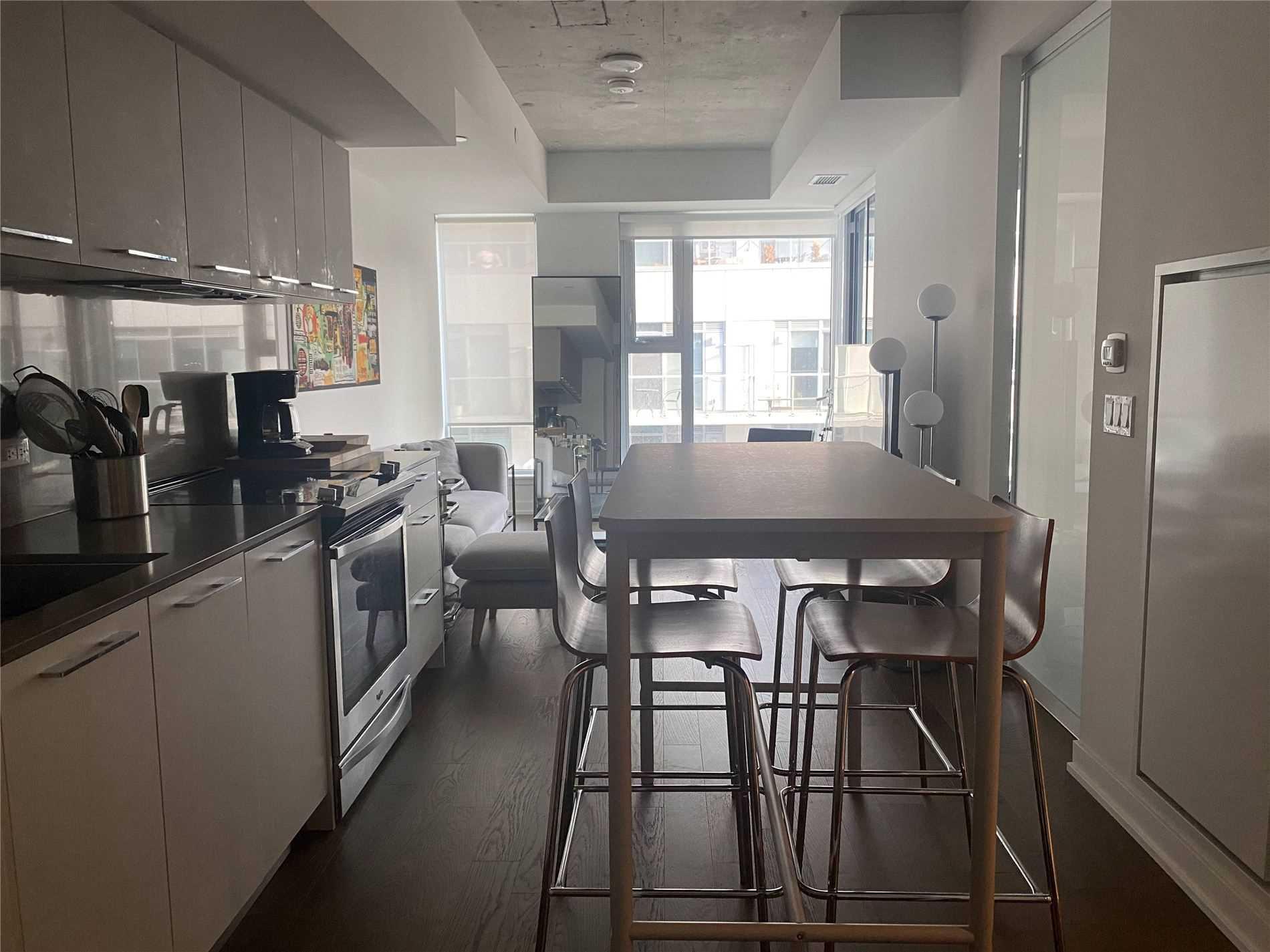 Condo Apt For Lease In Toronto , 1 Bedroom Bedrooms, ,1 BathroomBathrooms,Condo Apt,For Lease,613,Baseball