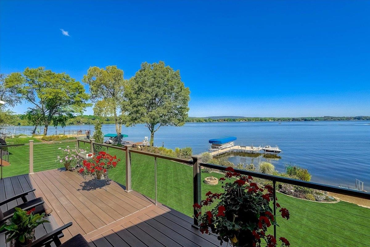 N2332 Trails End Rd, West Point, Wisconsin 53555, 3 Bedrooms Bedrooms, ,3.5 BathroomsBathrooms,Single Family,For Sale,Trails End Rd,1918855