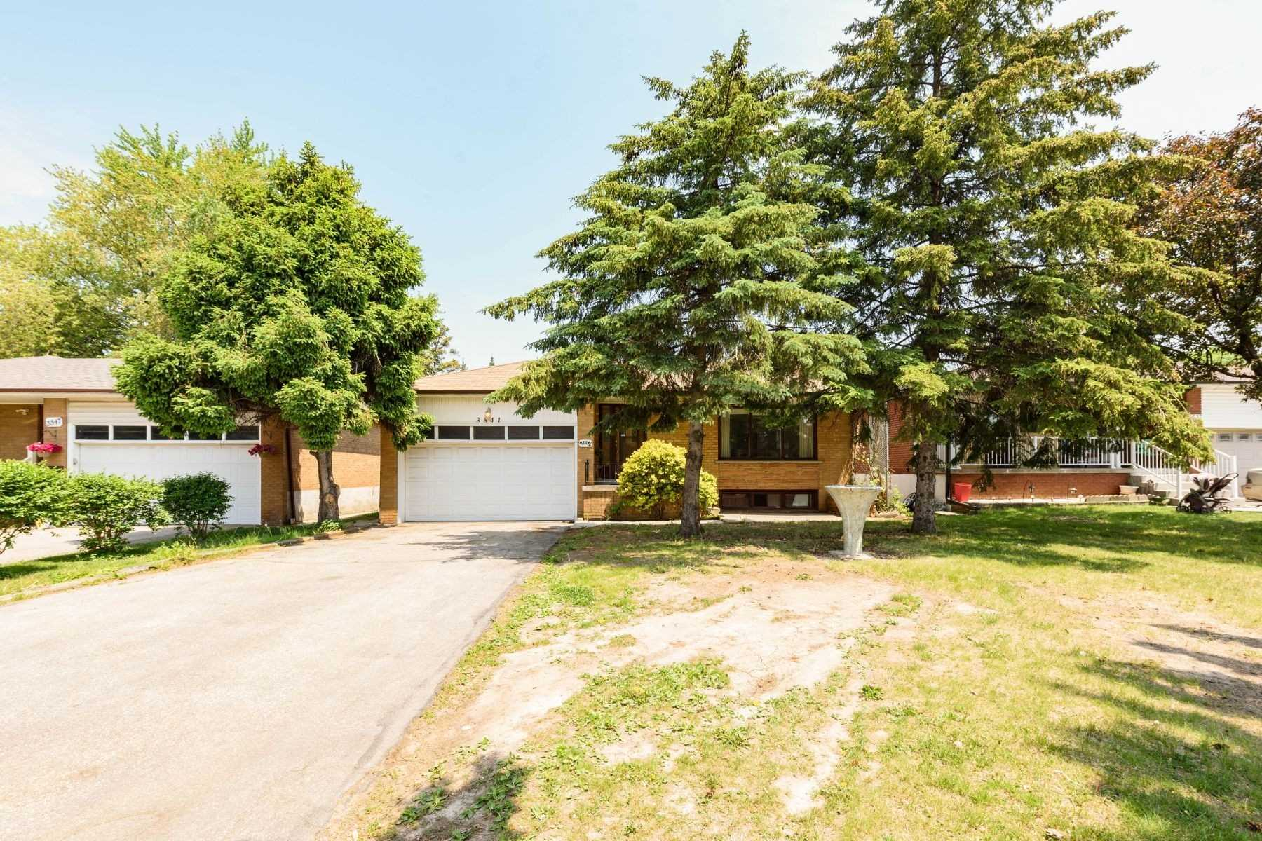 3541 Cawthra Rd, Mississauga, Ontario L5A242, 3 Bedrooms Bedrooms, 6 Rooms Rooms,2 BathroomsBathrooms,Detached,For Sale,Cawthra,W5357812