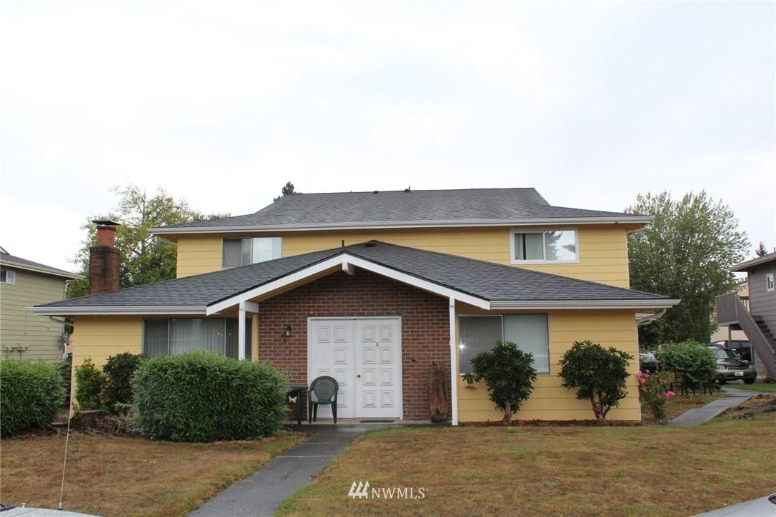 8617 8th Avenue, Everett, Washington 98204, ,Residential Income,For Sale,8th,NWM1833685