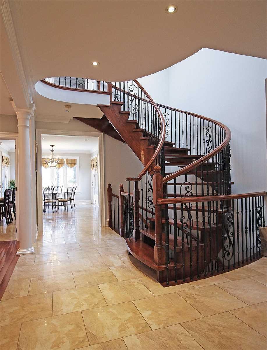 46 Bond Cres, Richmond Hill, Ontario L4E3K1, 4 Bedrooms Bedrooms, 15 Rooms Rooms,6 BathroomsBathrooms,Detached,For Sale,Bond,N5358249