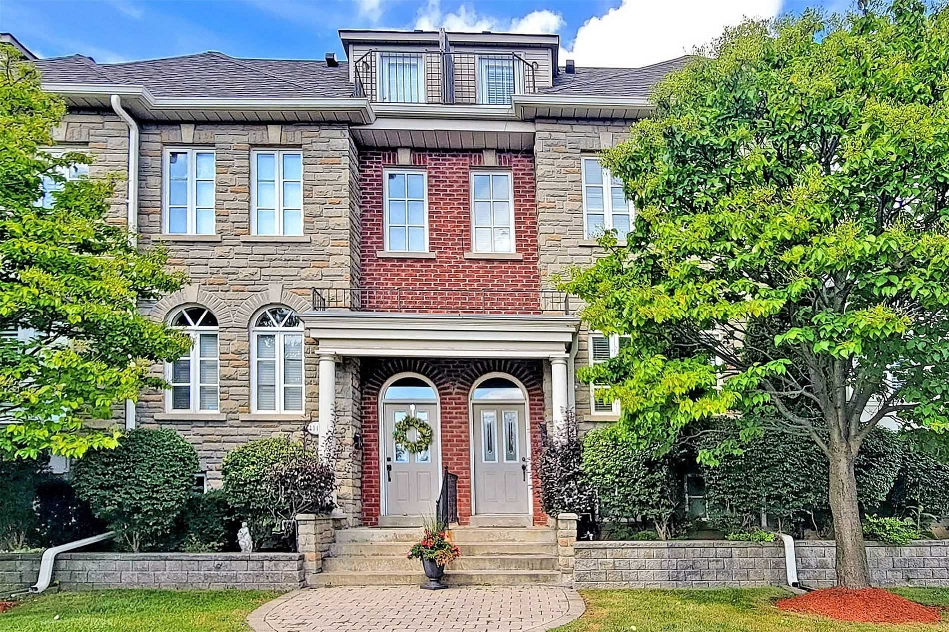 Condo Townhouse For Lease In Toronto , 3 Bedrooms Bedrooms, ,3 BathroomsBathrooms,Condo Townhouse,For Lease,4,Evans