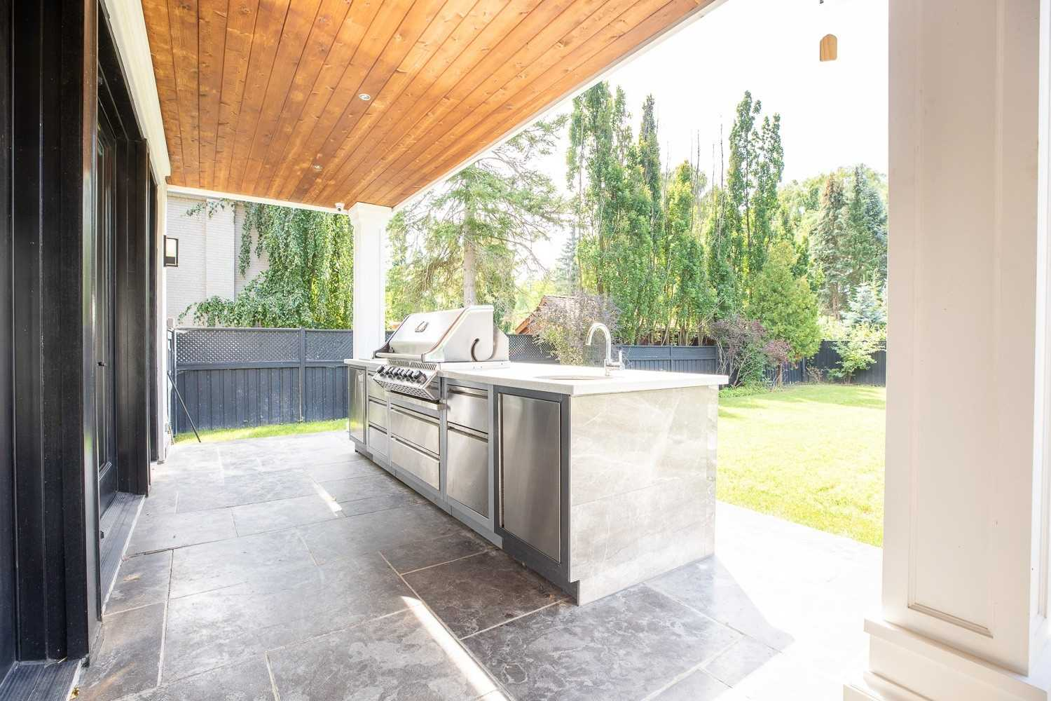 1494 Gregwood Rd, Mississauga, Ontario L5H2T4, 4 Bedrooms Bedrooms, 10 Rooms Rooms,7 BathroomsBathrooms,Detached,For Sale,Gregwood,W5359209