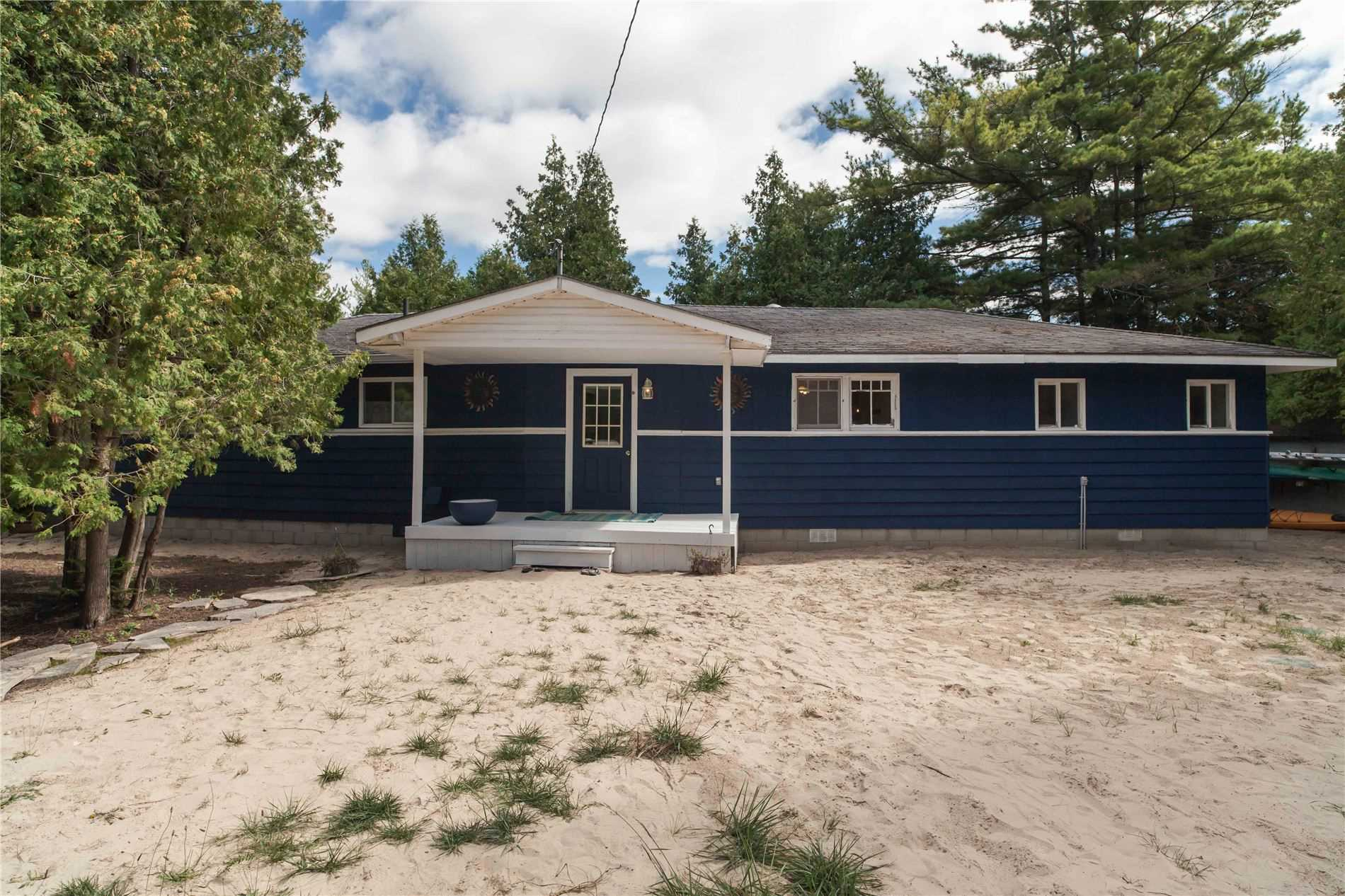 Detached house For Sale In First Nations - 43 Sog-Je-Wa-Sa Dr, First Nations, Ontario, Canada N0H 2G0 , 5 Bedrooms Bedrooms, ,2 BathroomsBathrooms,Detached,For Sale,Sog-Je-Wa-Sa