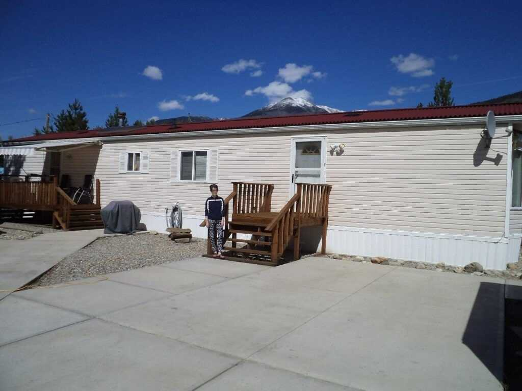 1070 4 Ave, Out of Area, British Columbia V0E 2Z0, 3 Bedrooms Bedrooms, ,2 BathroomsBathrooms,Mobile/trailer,For Sale,4,X5359585