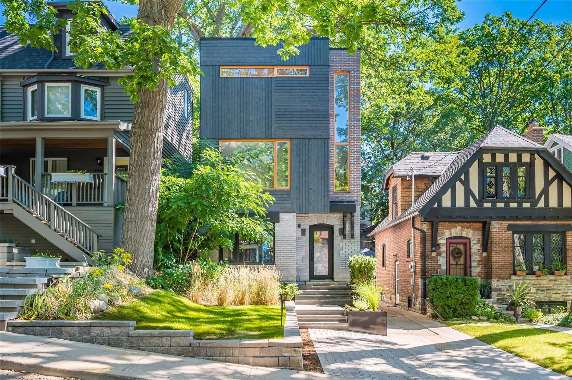 171 Willow Ave, Toronto, Ontario M4E3K4, 4 Bedrooms Bedrooms, 9 Rooms Rooms,5 BathroomsBathrooms,Detached,For Sale,Willow,E5360577