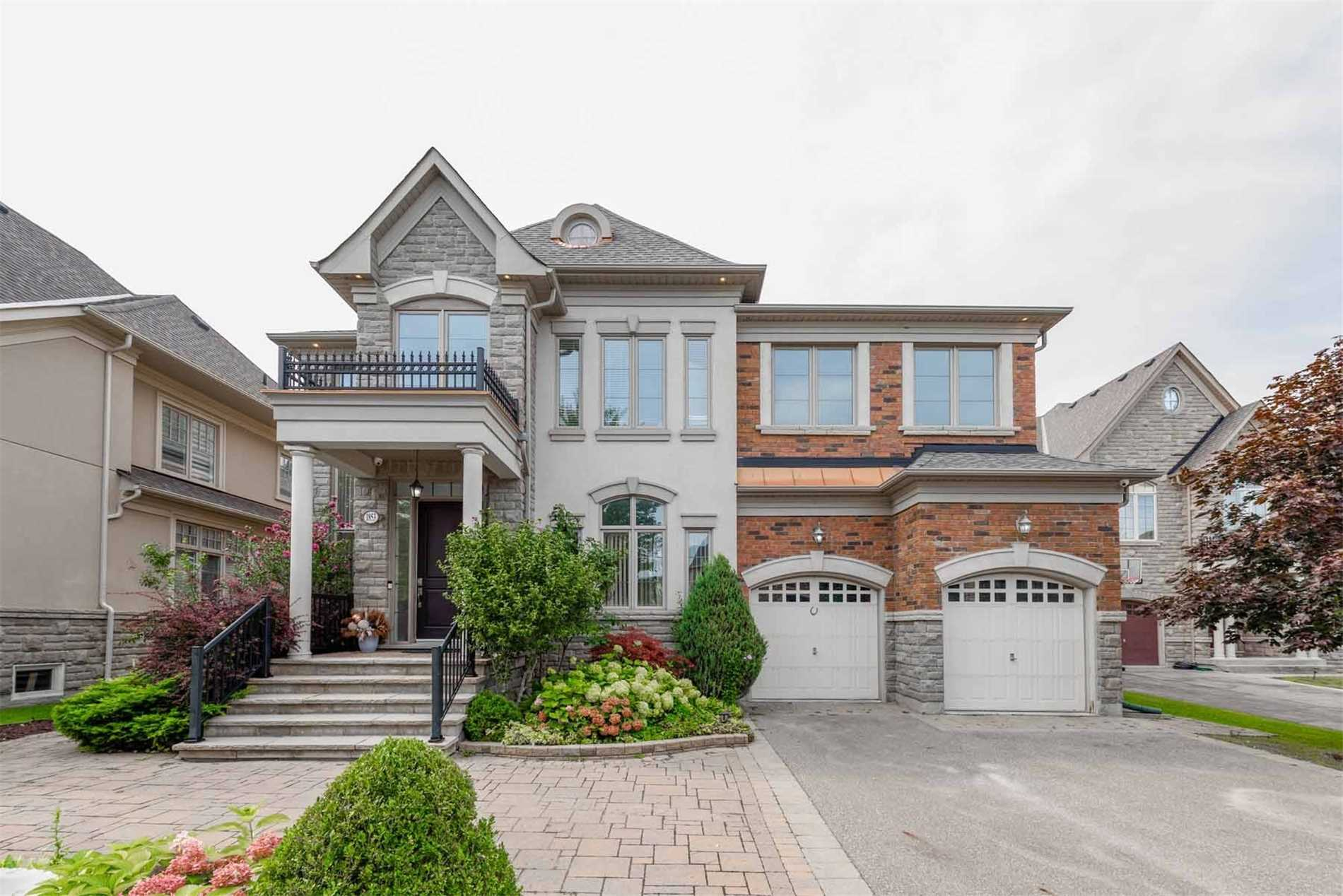 1853 Ivygate Crt, Mississauga, Ontario L5L0A8, 4 Bedrooms Bedrooms, 12 Rooms Rooms,6 BathroomsBathrooms,Detached,For Sale,Ivygate,W5362093